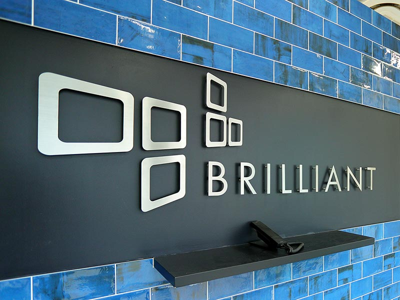 brilliant-entrance-images-190828-001